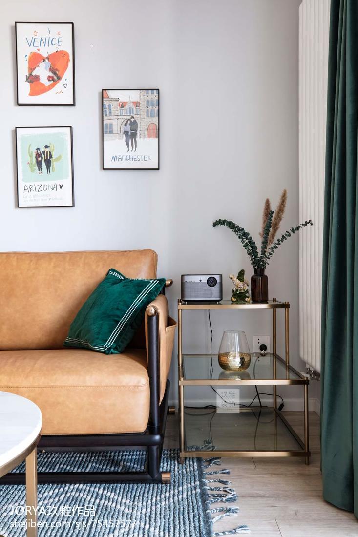 精选71平米二居客厅现代装修设计效果图片大全
