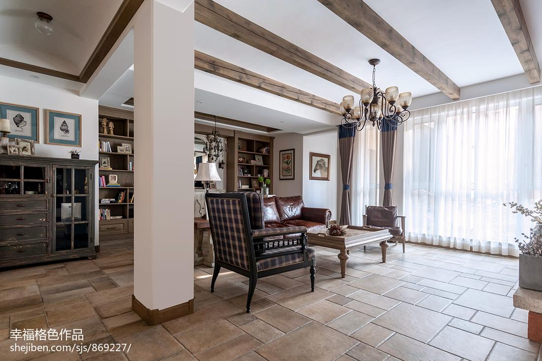 华丽170平田园三居客厅实拍图