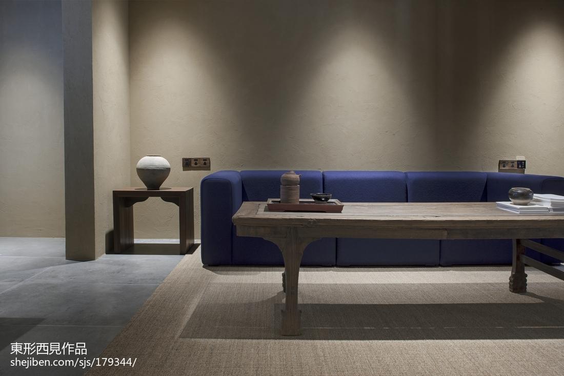 热门105平米三居客厅中式装修欣赏图片大全