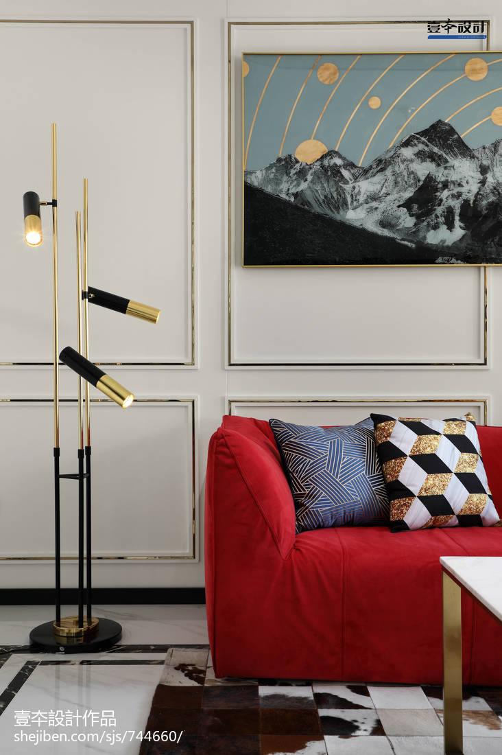精美简约三居客厅装饰图片