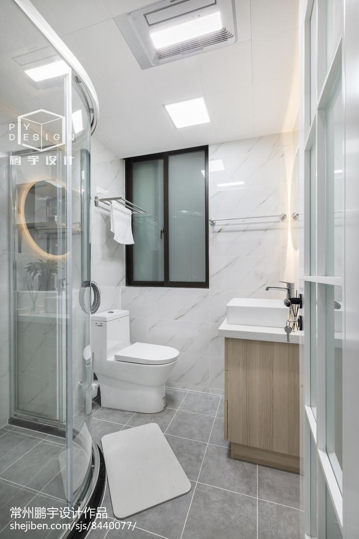 2018欧式二居卫生间装修设计效果图