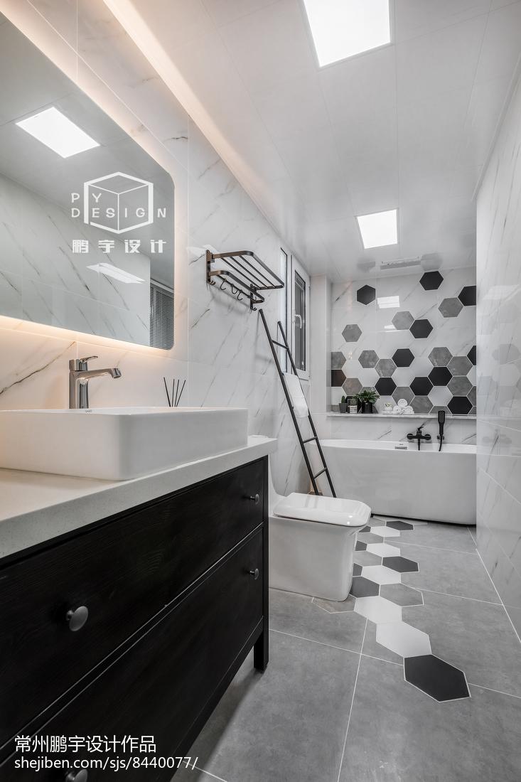 2018欧式二居卫生间装修欣赏图片