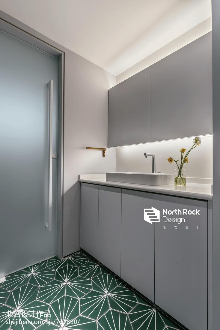 恬静北欧风卫浴洗手台设计