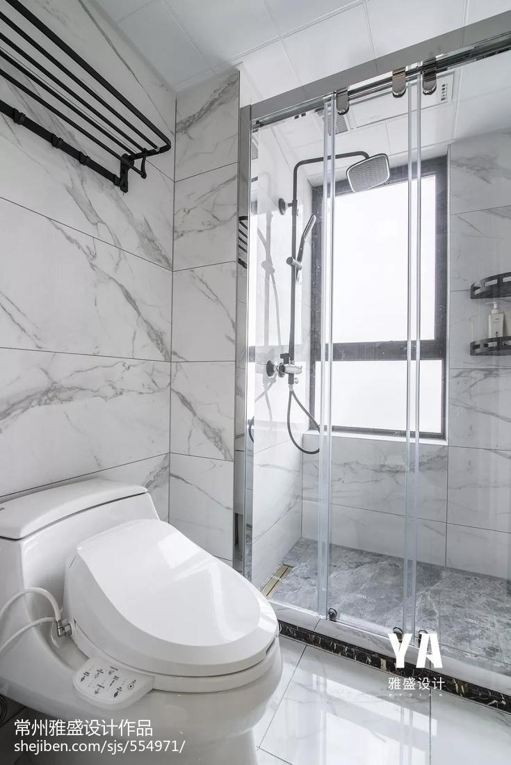 201993平美式三居卫生间设计案例