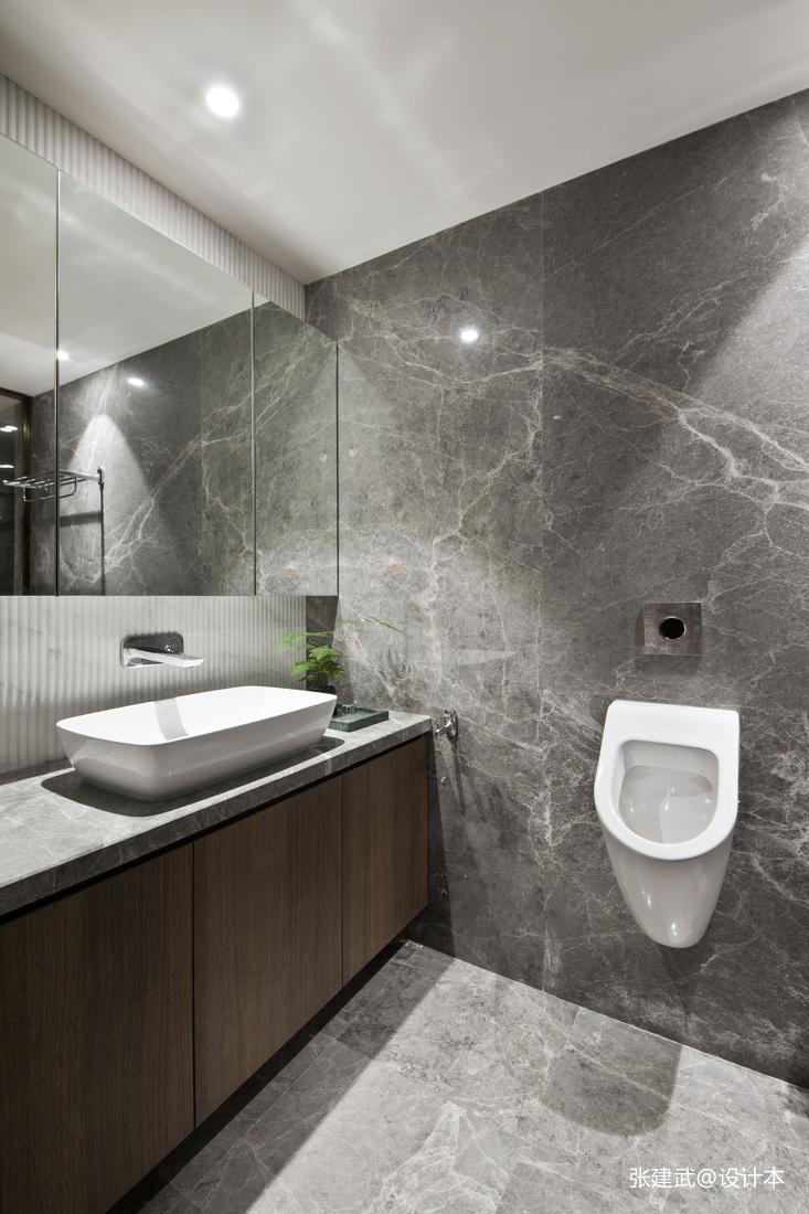 温馨61平中式二居卫生间设计效果图