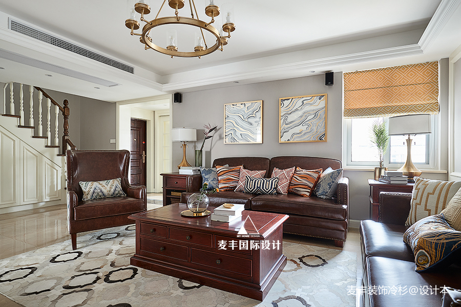 优美200平美式四居客厅装修图