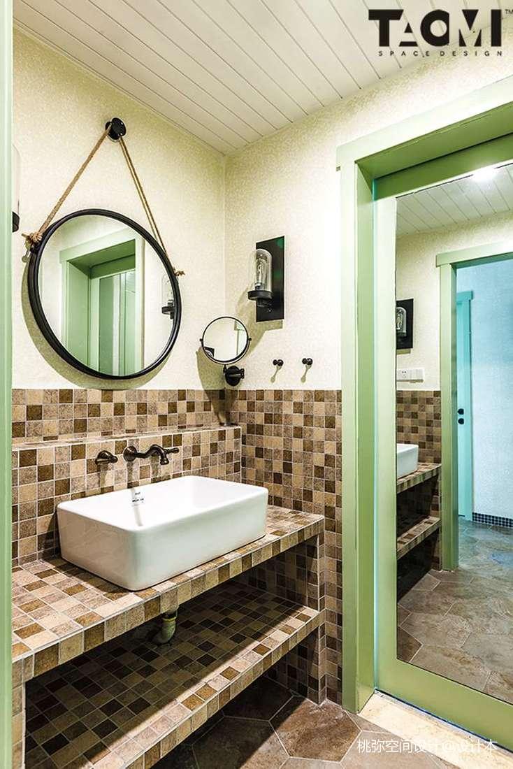 面积116平田园四居卫生间装修设计效果图片