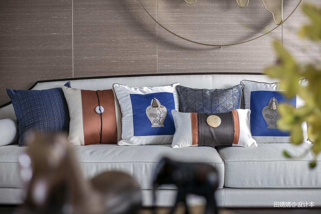 2018110平米中式别墅客厅装修实景图