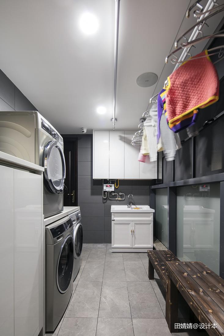 阳台洗衣区