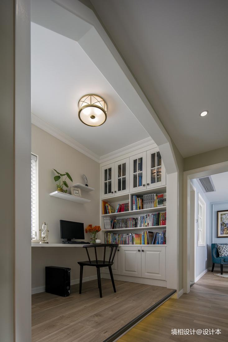 105㎡格调美式,设计师将冗长过道一侧设计成地台式开放书房_3302602