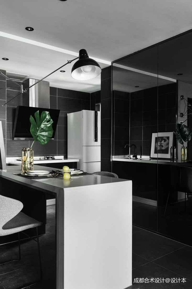 深色调现代风厨房设计