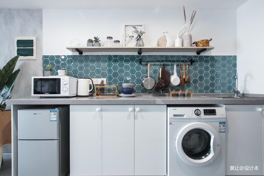 2018精选面积79平小户型厨房混搭效果图