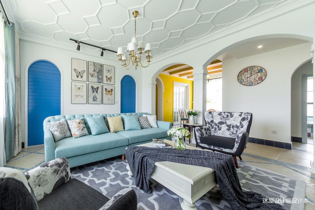 优雅美式三居客厅吊顶设计