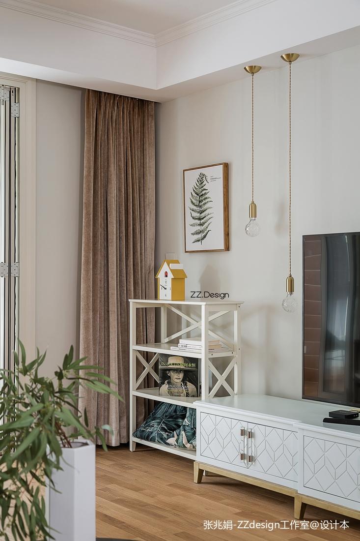 精选北欧四居客厅装修实景图片