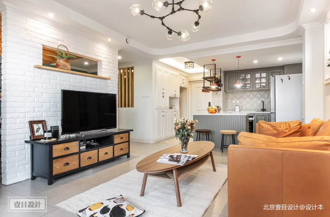 浪漫111平美式三居客厅装潢图