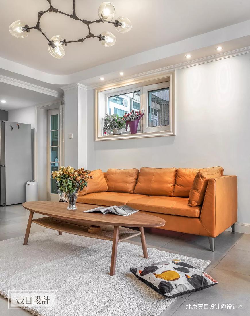 美式三居客厅背景装修设计