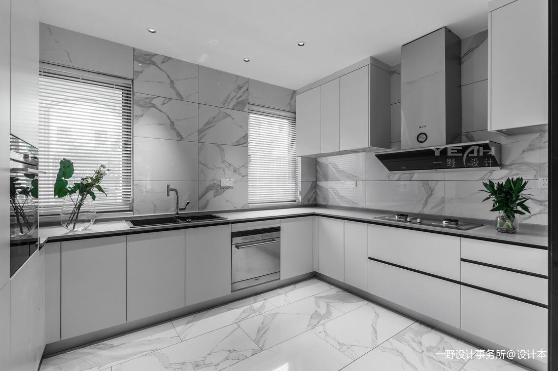 现代别墅厨房实景设计