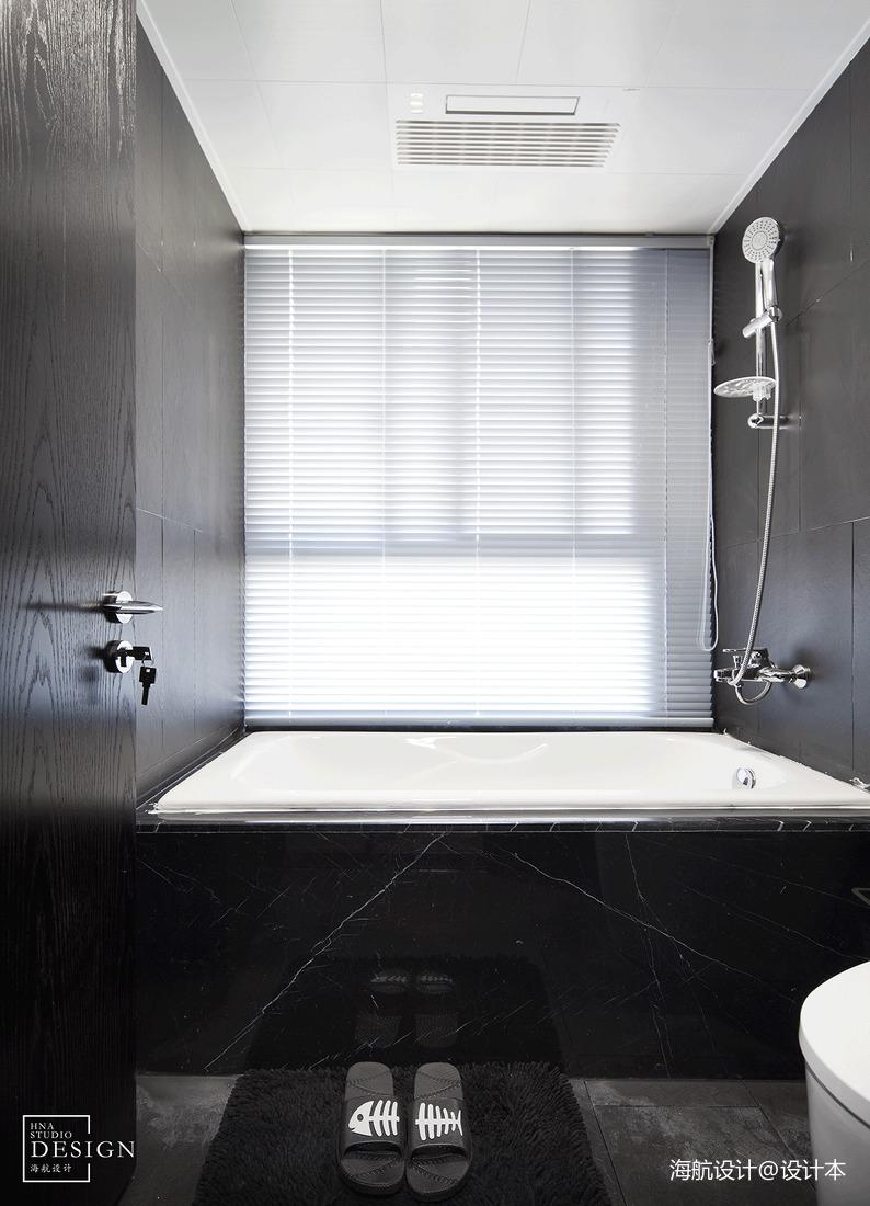 热门现代四居卫生间装修效果图片大全