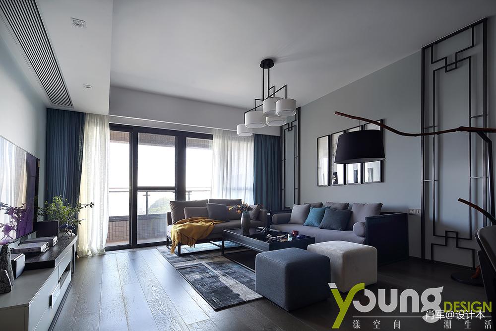典雅97平中式三居客厅装饰美图