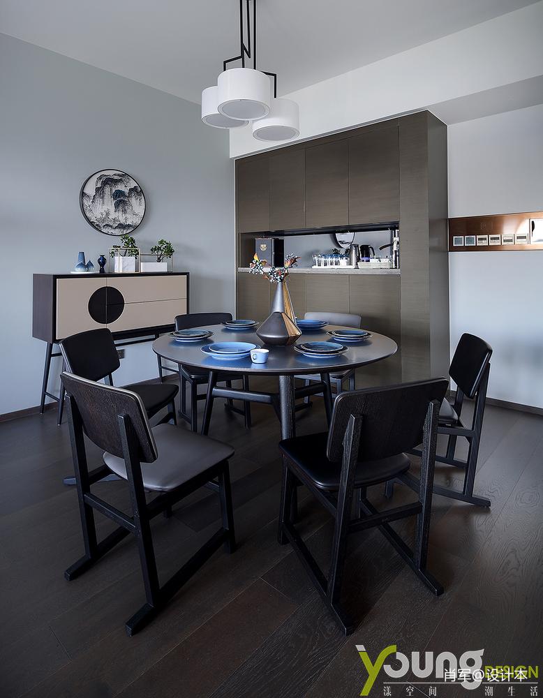 温馨95平中式三居餐厅装修图