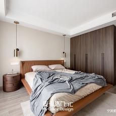 华丽95平现代三居卧室设计图