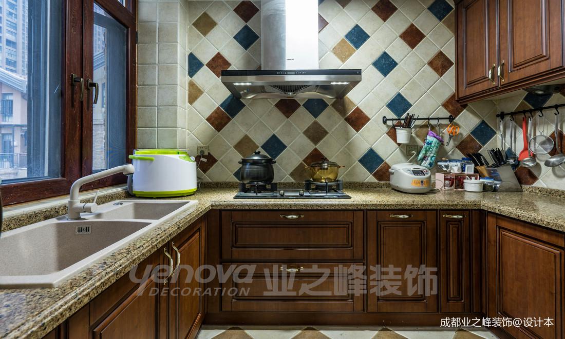 明亮66平美式复式厨房装饰图