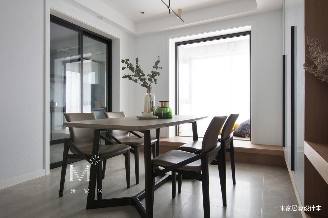 明亮62平现代二居客厅装修效果图