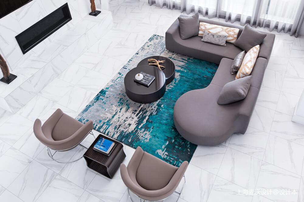 悠雅66平北欧复式客厅装饰美图
