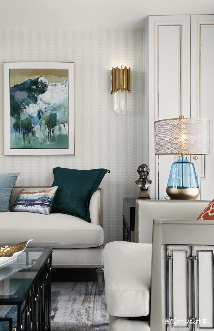温馨94平美式三居客厅装潢图