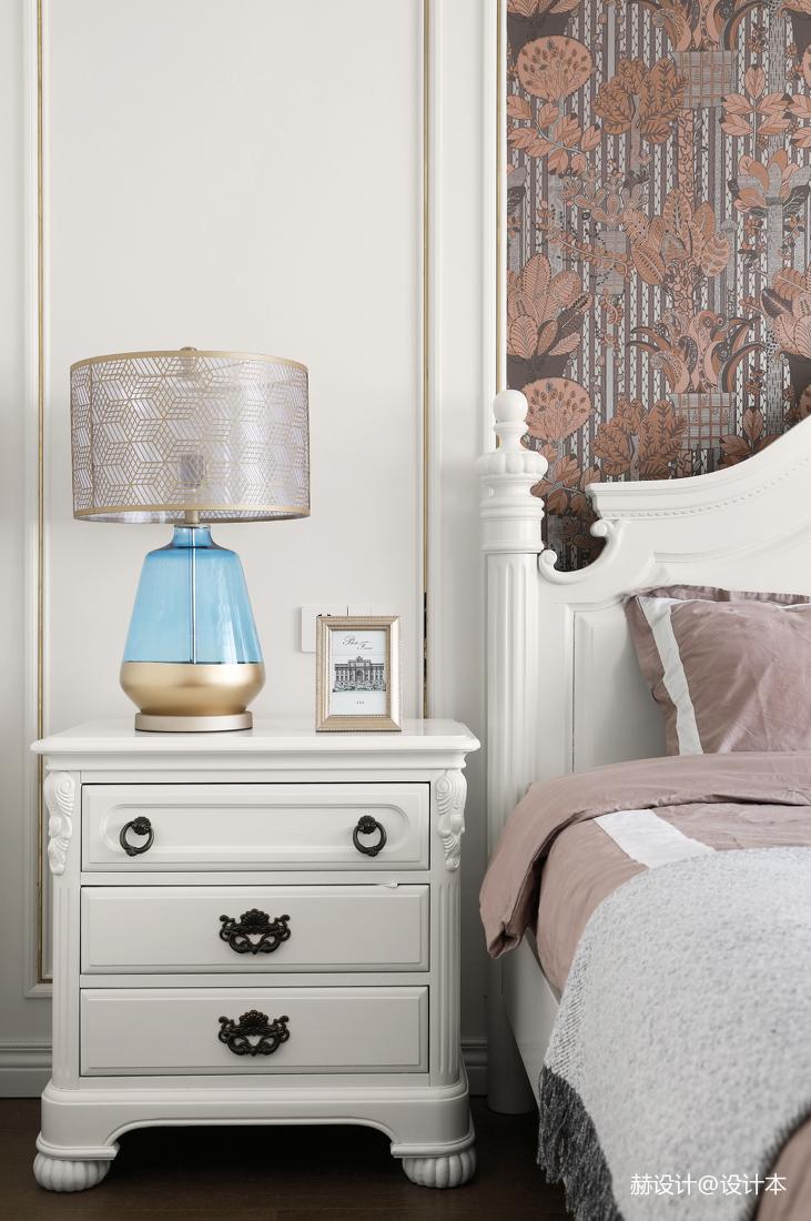 精致81平美式三居卧室装潢图