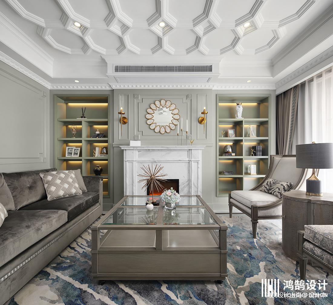 浪漫136平法式四居客厅设计图