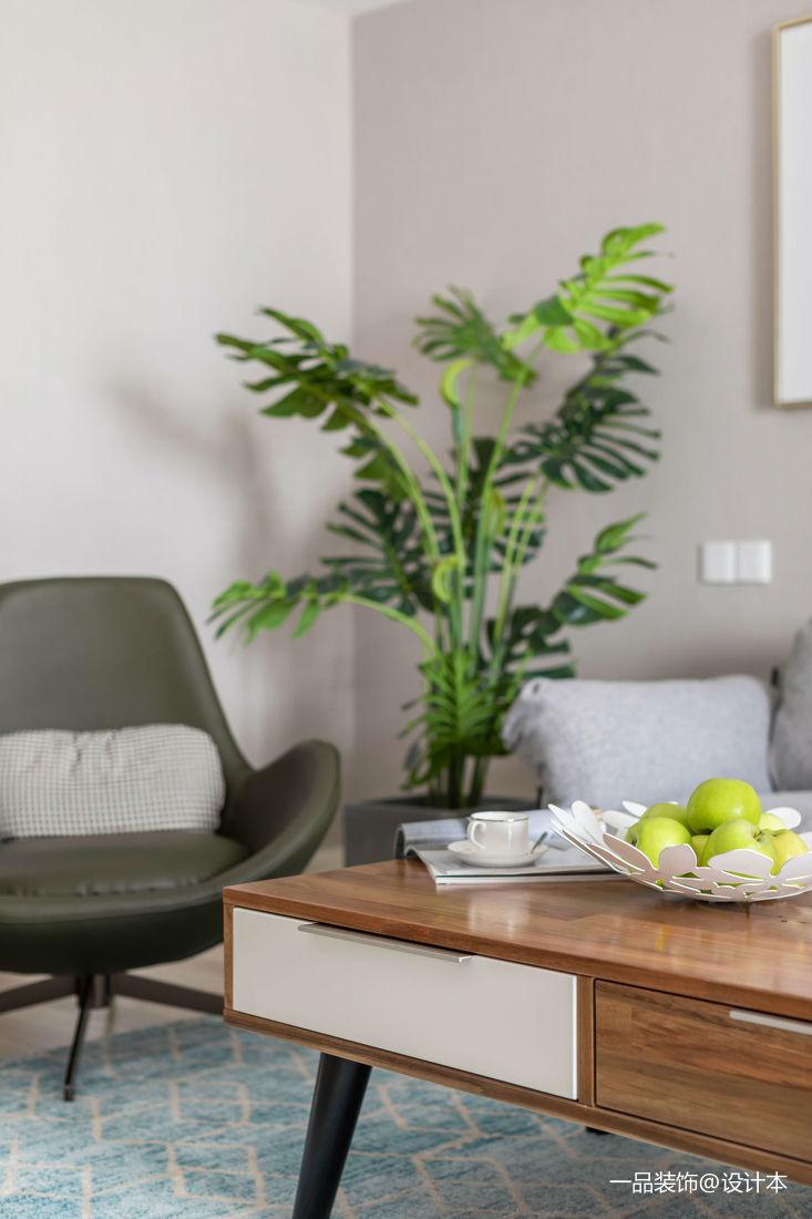 质朴113平欧式三居客厅实景图