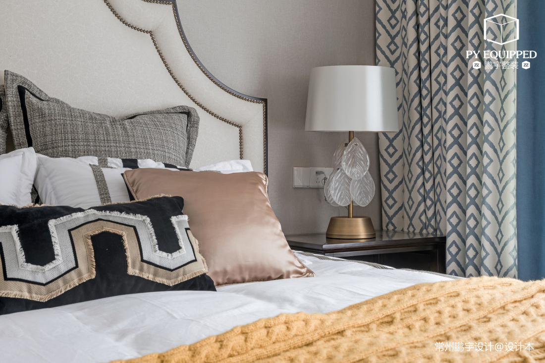 温馨72平美式三居卧室效果图欣赏