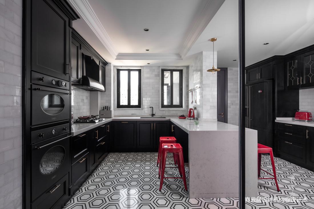 轻奢117平法式四居厨房装饰图片