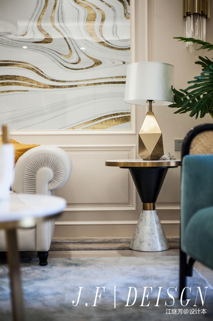 精致97平簡歐三居客廳裝修裝飾圖