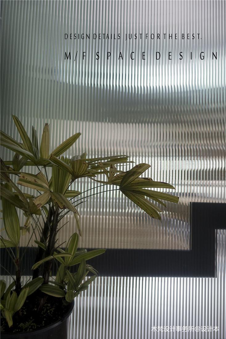 大气118平简约三居玄关装潢图