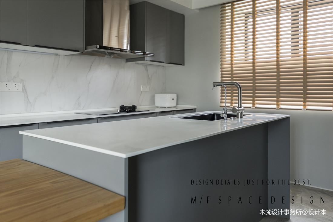 质朴130平简约三居厨房设计美图