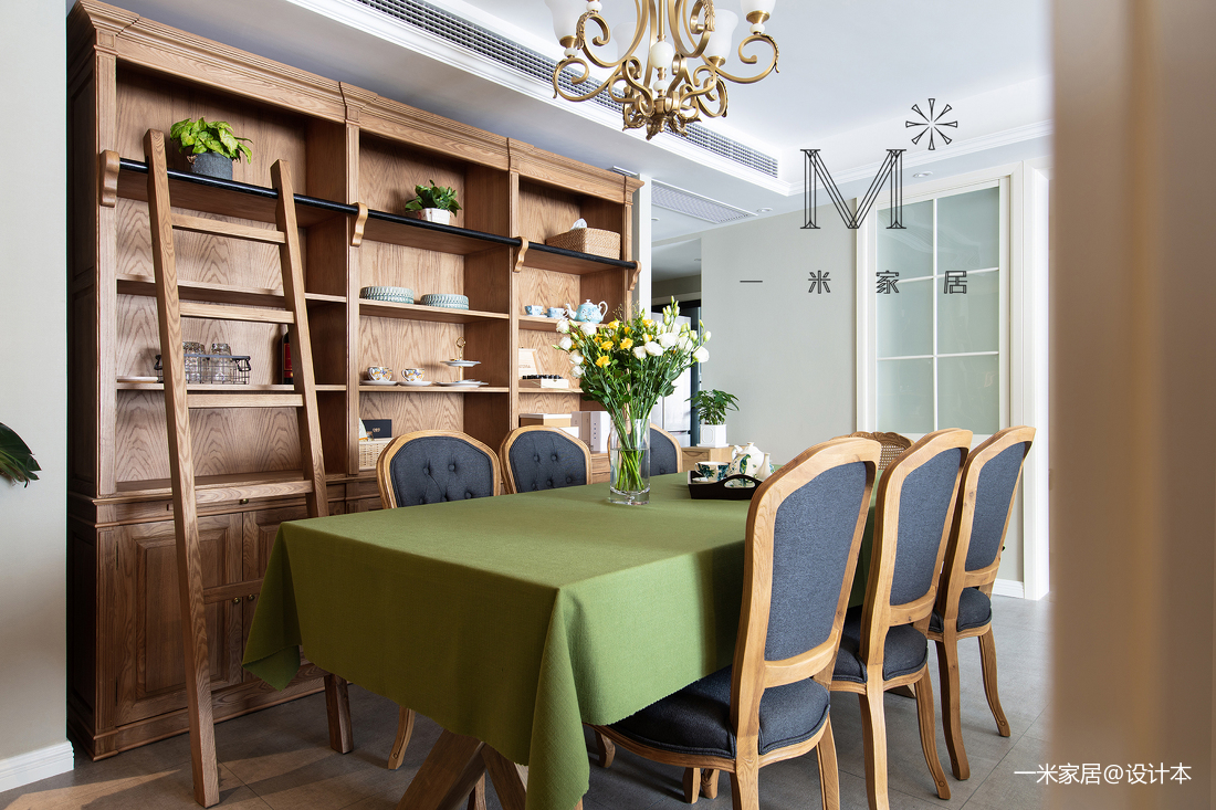 浪漫59平美式二居客厅装修效果图