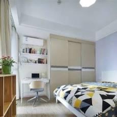 白色卧室装修图