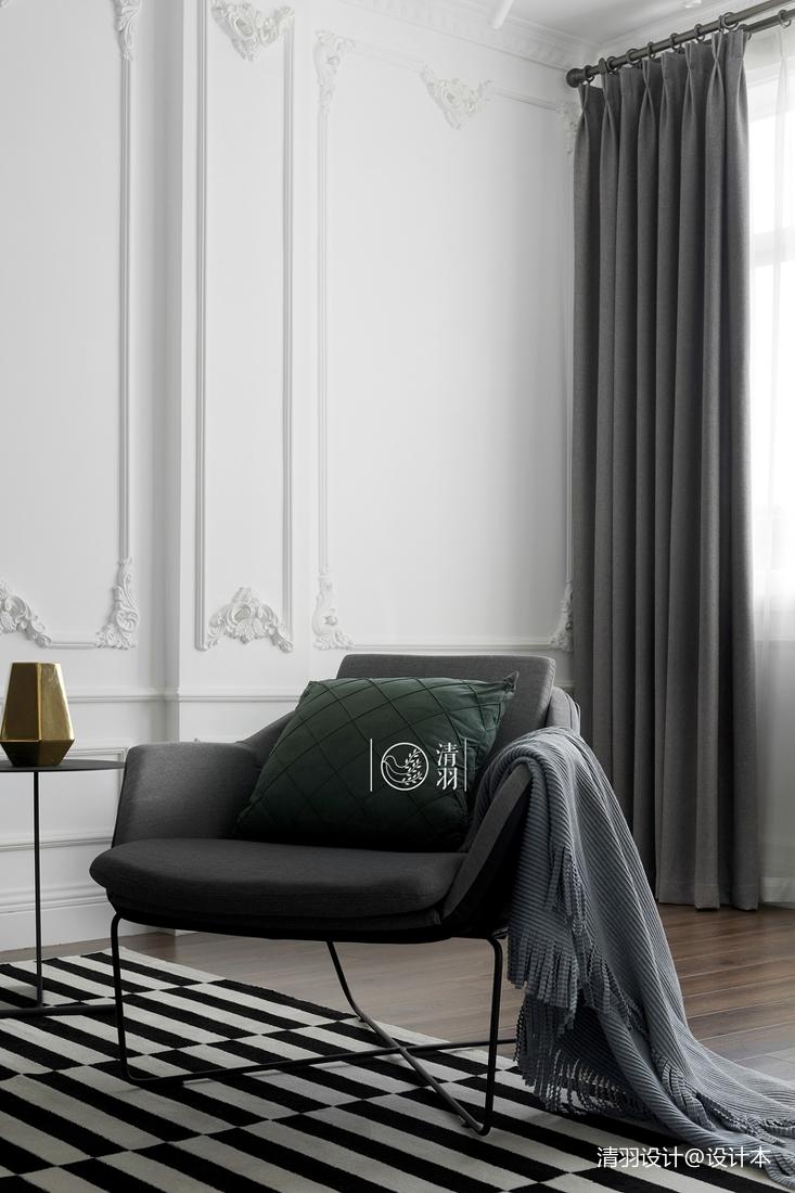 精美28平法式小户型客厅装潢图