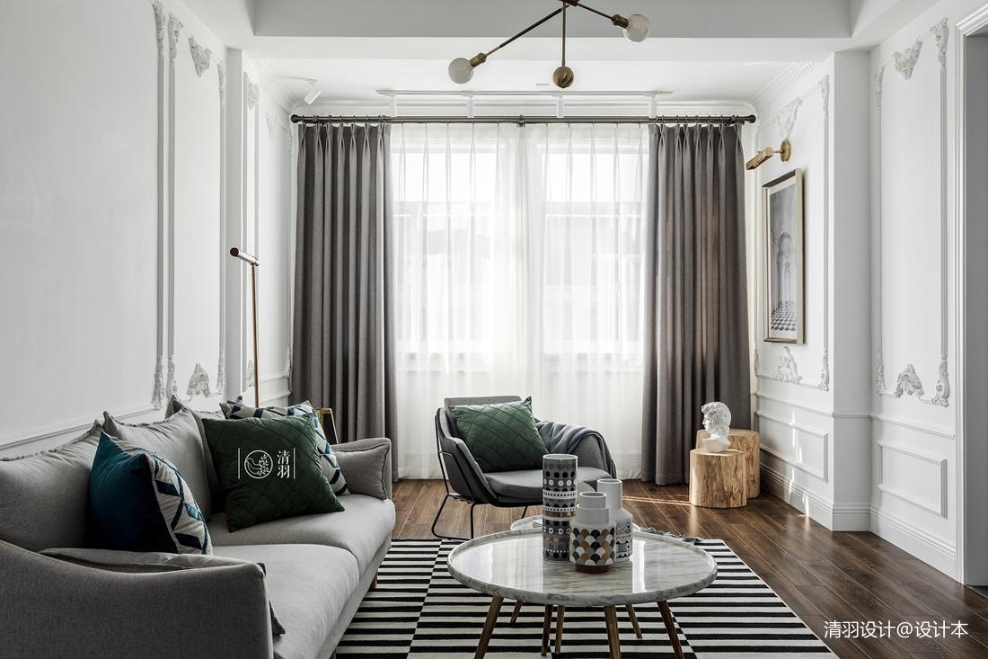 轻奢34平法式小户型客厅装潢图