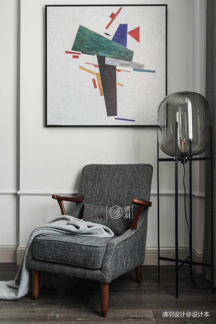 典雅30平法式小户型卧室装修图片