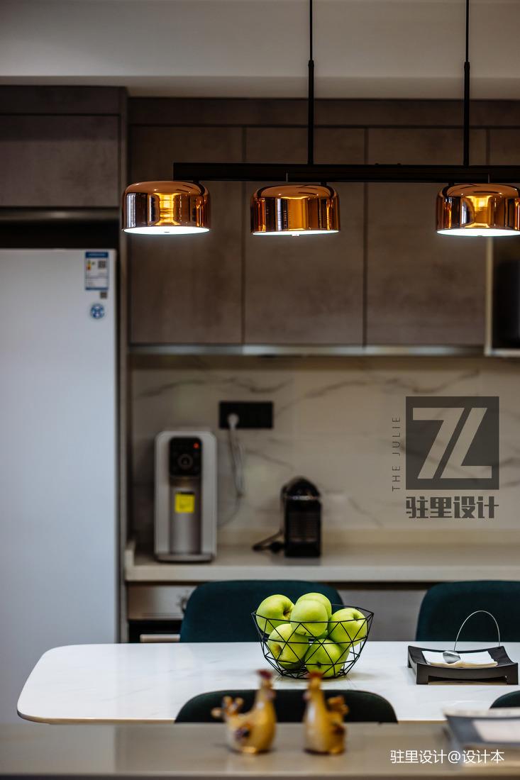 质朴43平现代复式厨房装修效果图