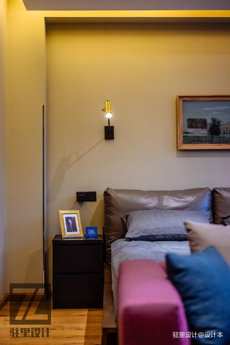大气78平现代复式卧室装修图