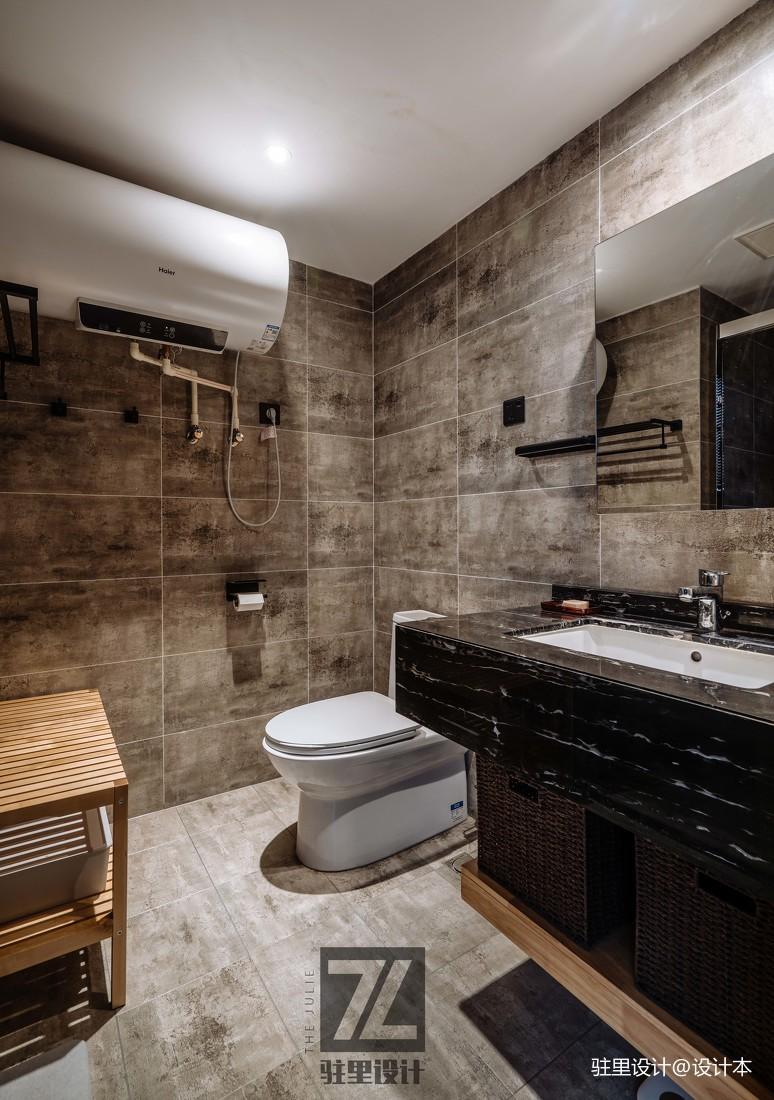 精美44平现代复式卫生间装修设计图