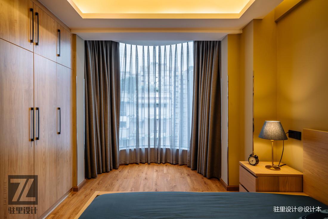 温馨60平现代复式卧室装饰图片