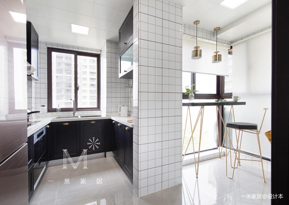 温馨90平现代三居客厅实景图