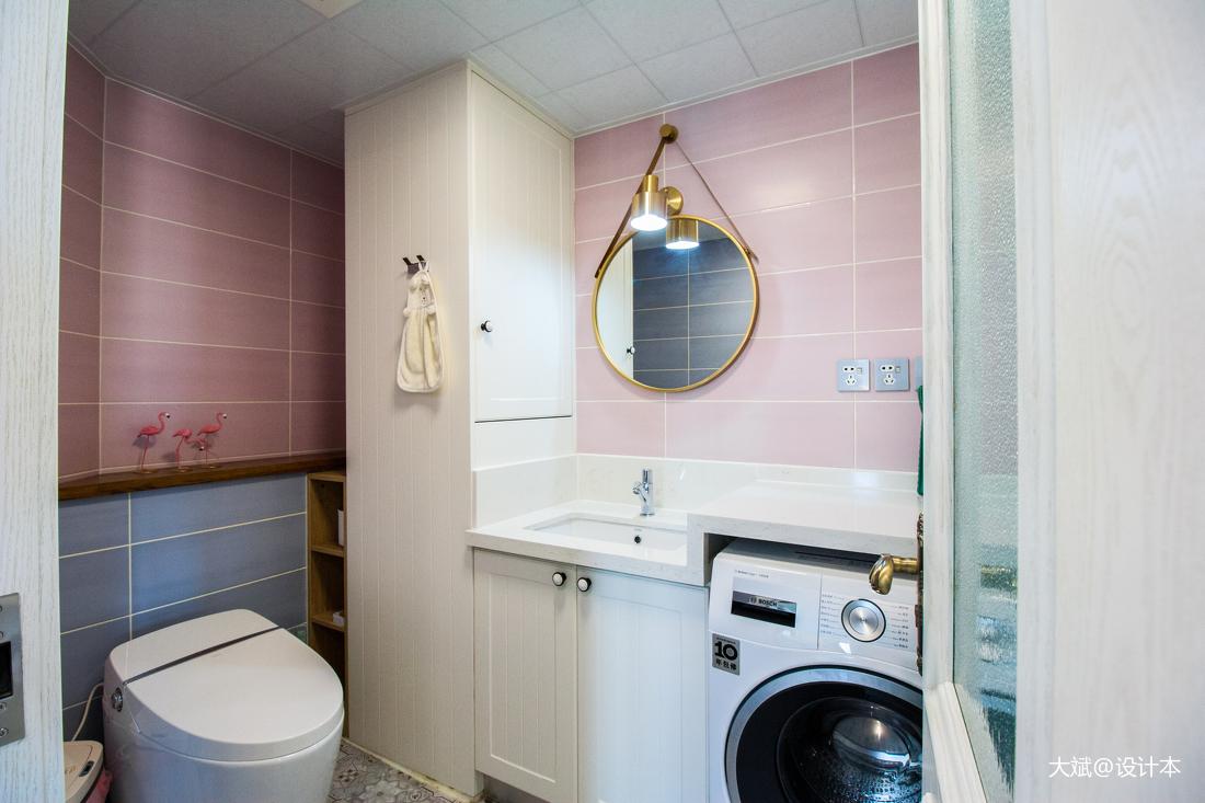 华丽93平美式三居卫生间装修美图