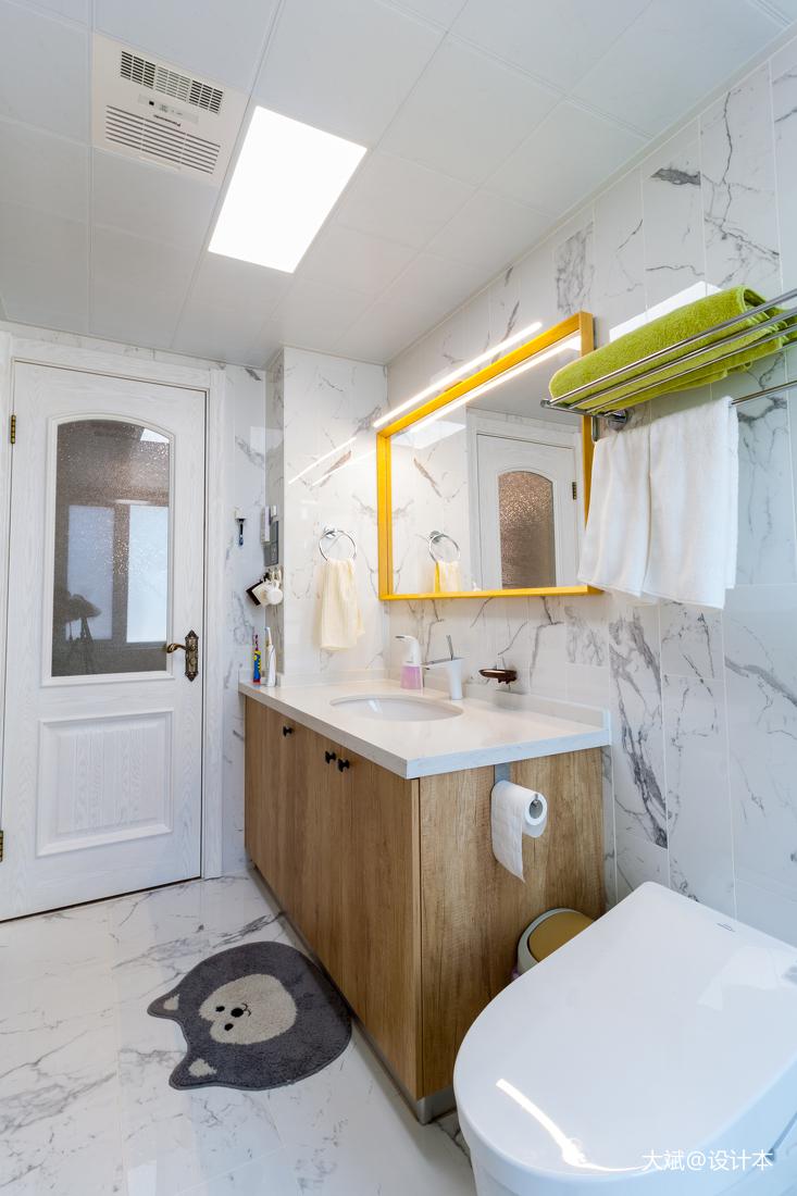 简洁103平美式三居卫生间设计案例