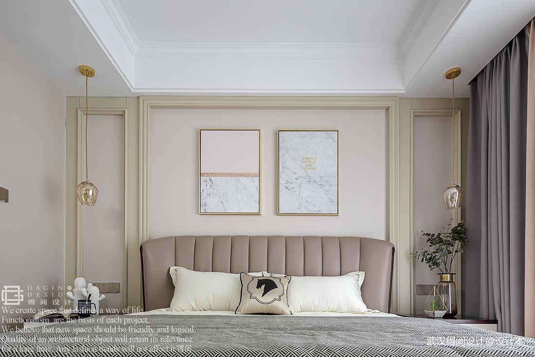 悠雅72平美式三居卧室实景图